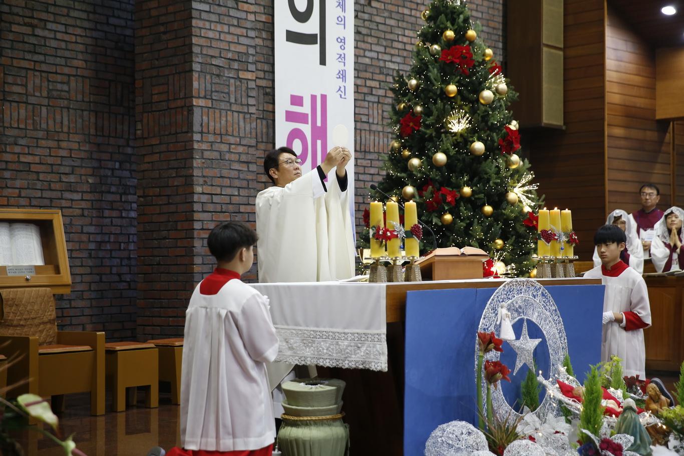 2019-12-25 성탄 대축일 (031)_크기변경.JPG