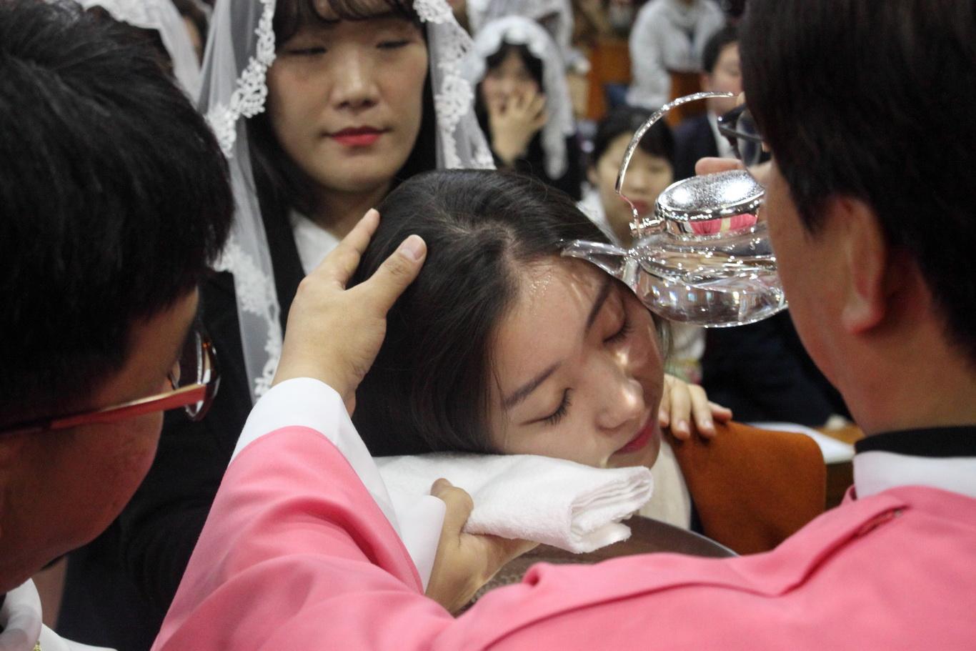 2019-12-15 세례식 (099)_크기변경.JPG