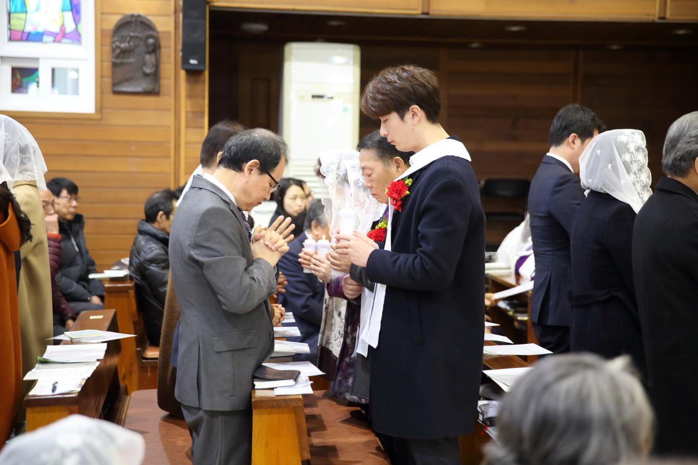 2019-12-15 세례식 (048)_크기변경.JPG
