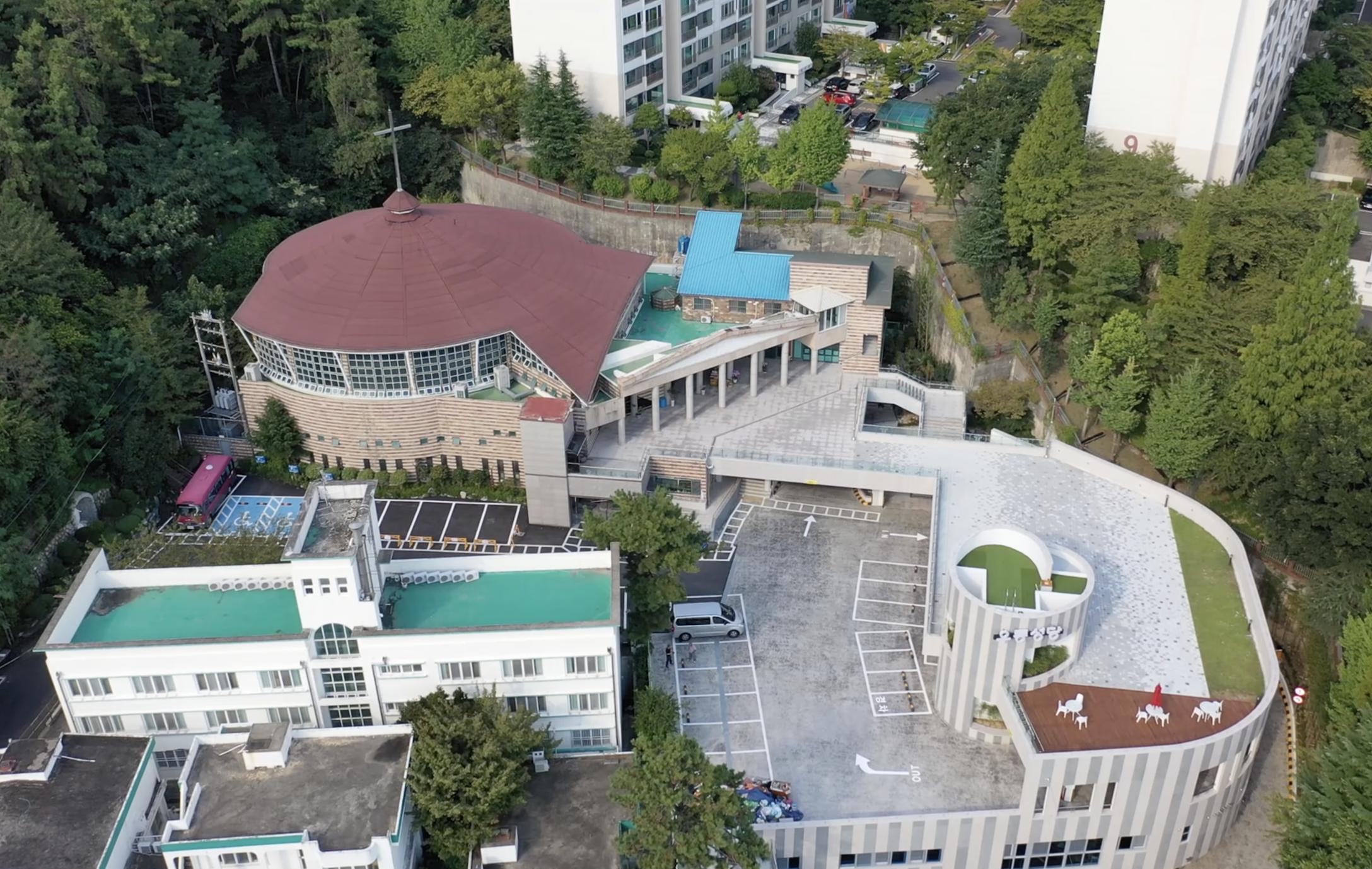 우동성당 드론사진3.png
