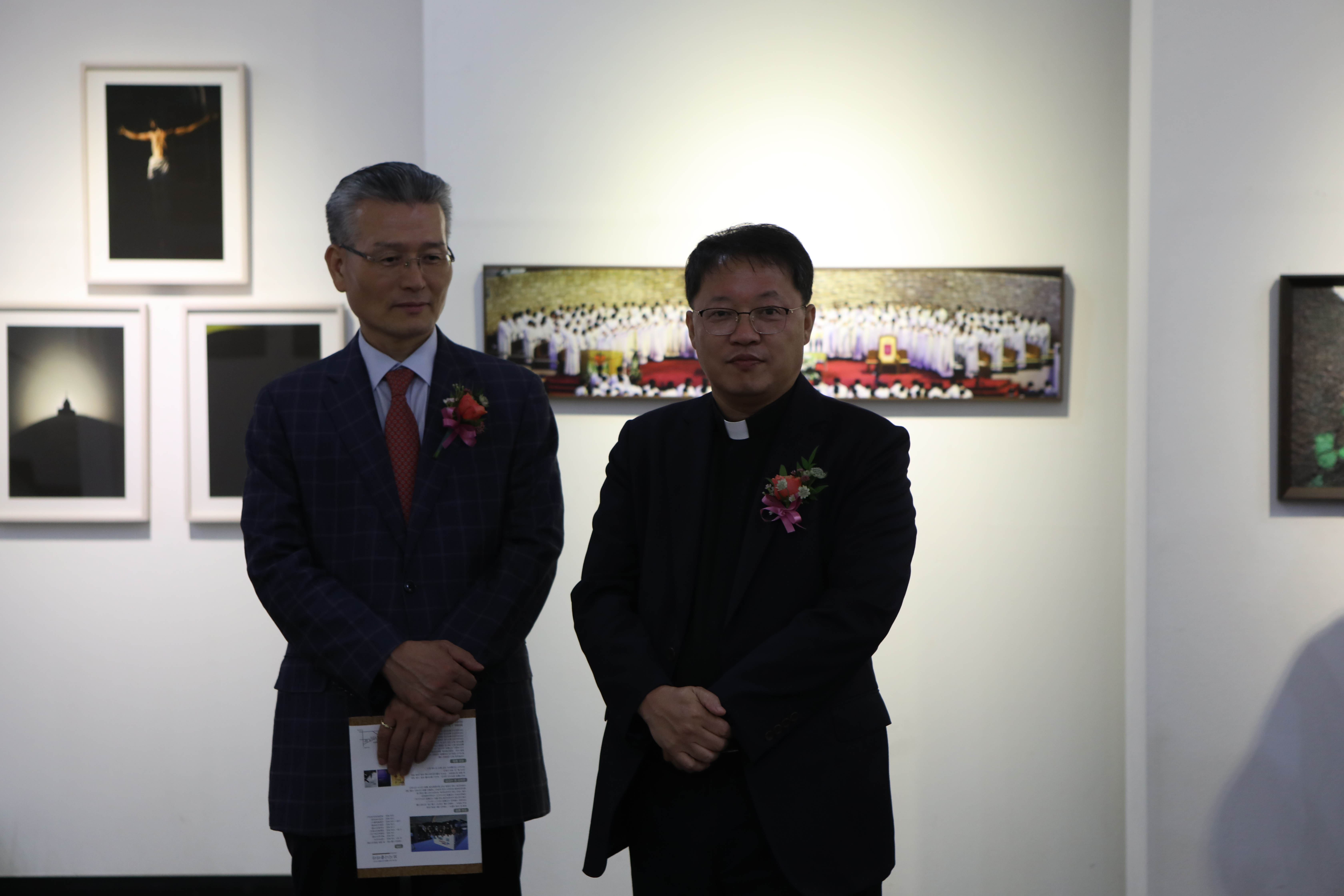20191003부산가톨릭사진가협회제27회정기전061.JPG
