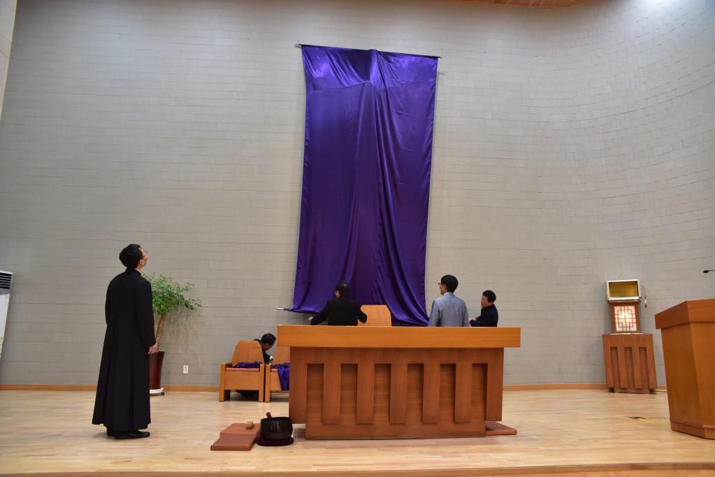 2017-04-13  21-42-09주님만찬성목요일_구포_011.JPG