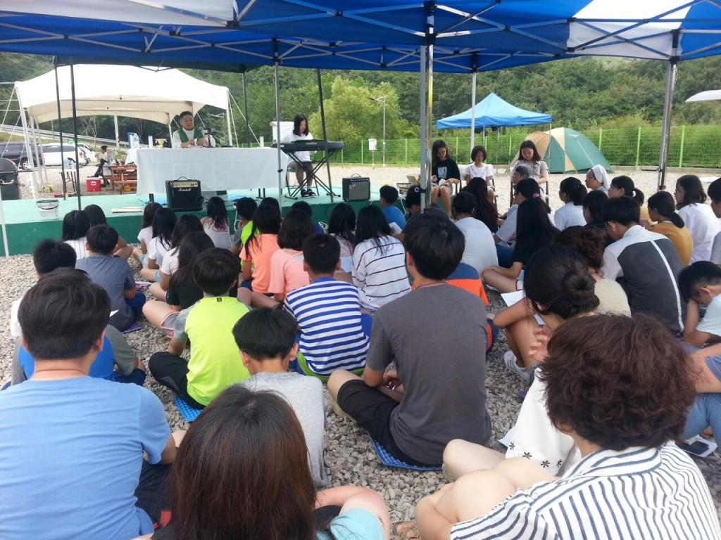 2017 여름신앙학교 거제동BandPhoto_2017_07_25_00_53_05s.jpg