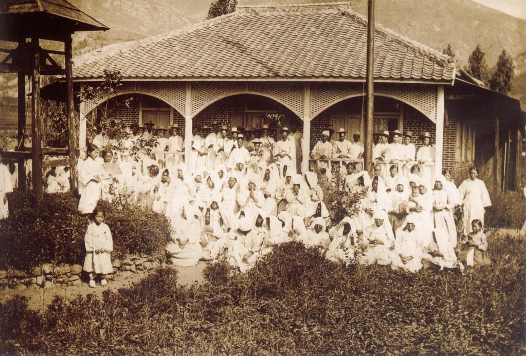 그림 1-1893년 초량동 범일성당.jpg