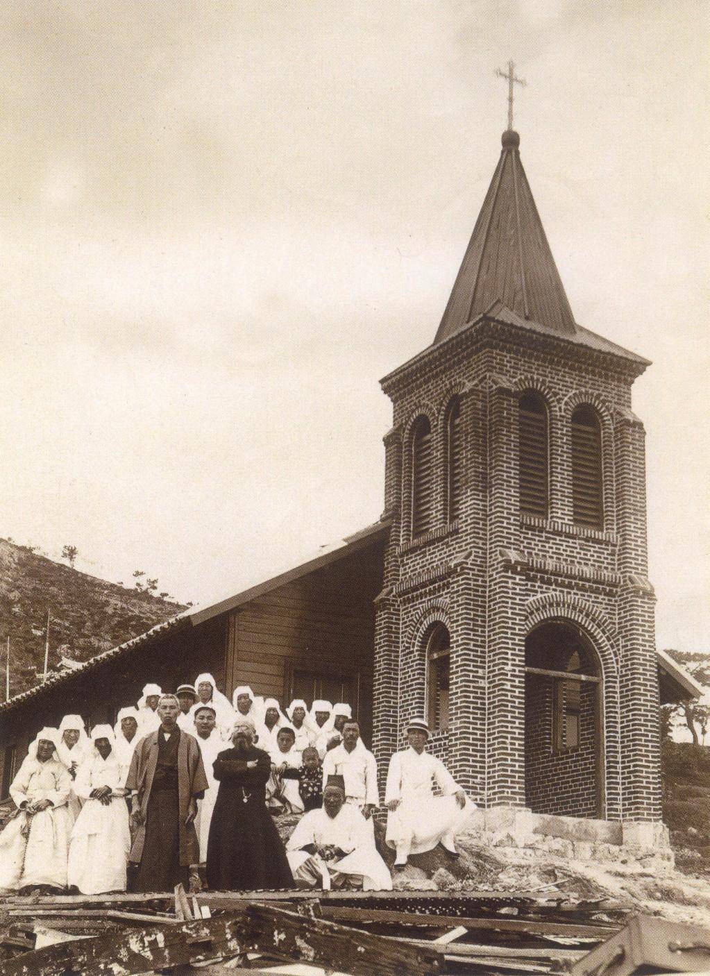 그림 2-범일동성당-1916년 (1).jpg