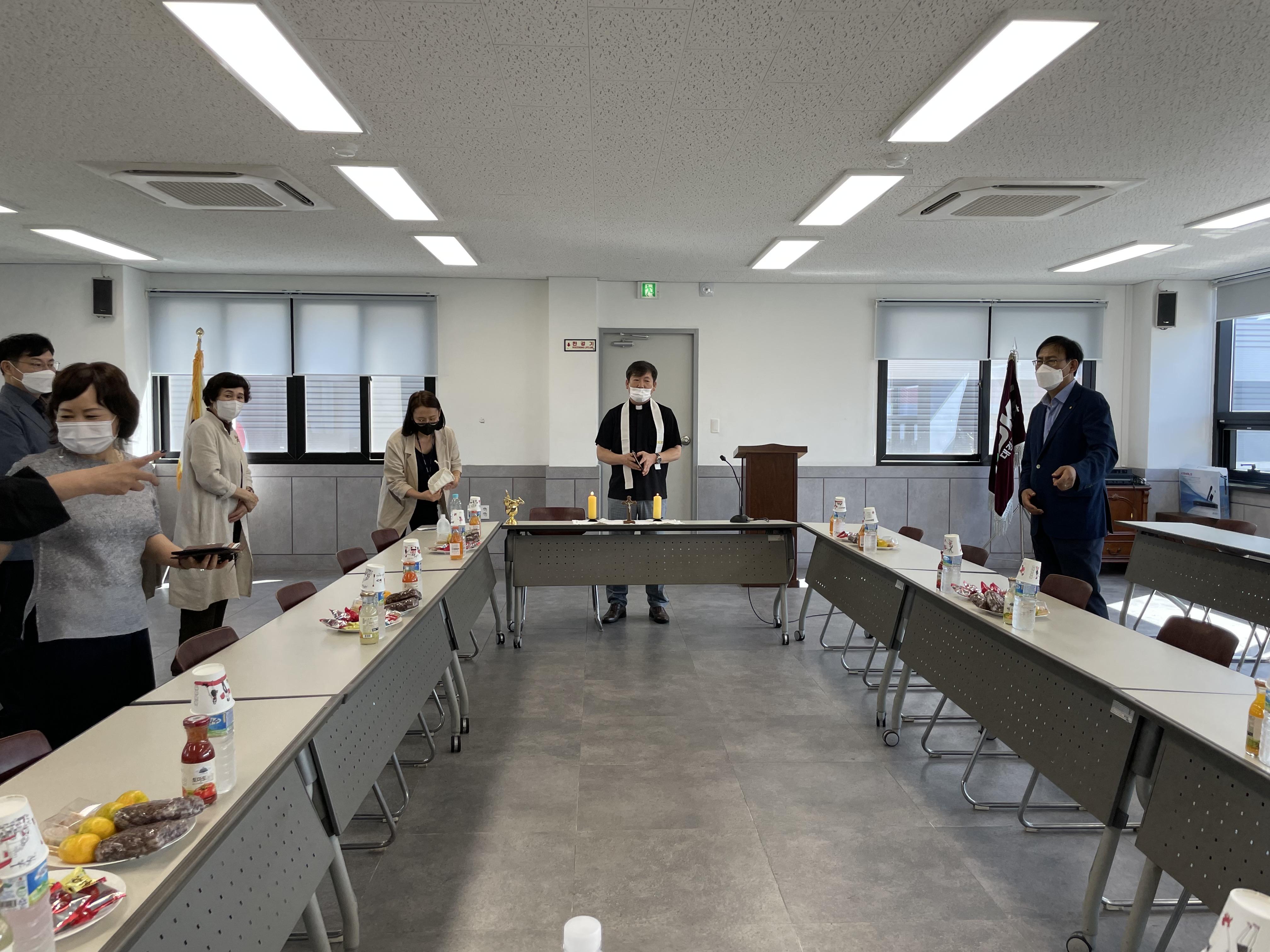 2021-10-01 교우사업장 축복식(대경기업) (1).jpg