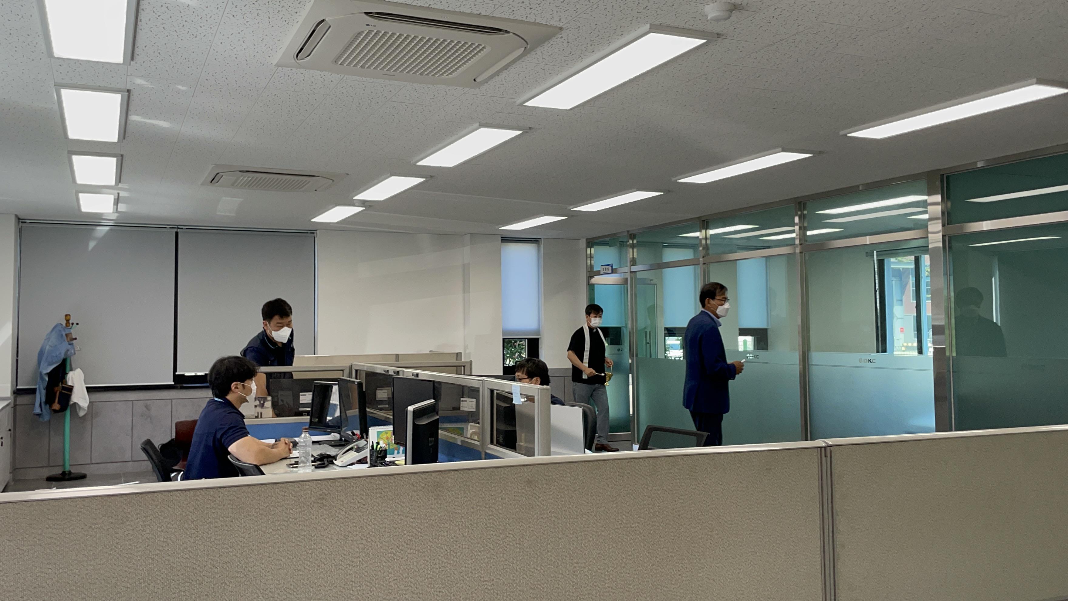 2021-10-01 교우사업장 축복식(대경기업) (18).jpg