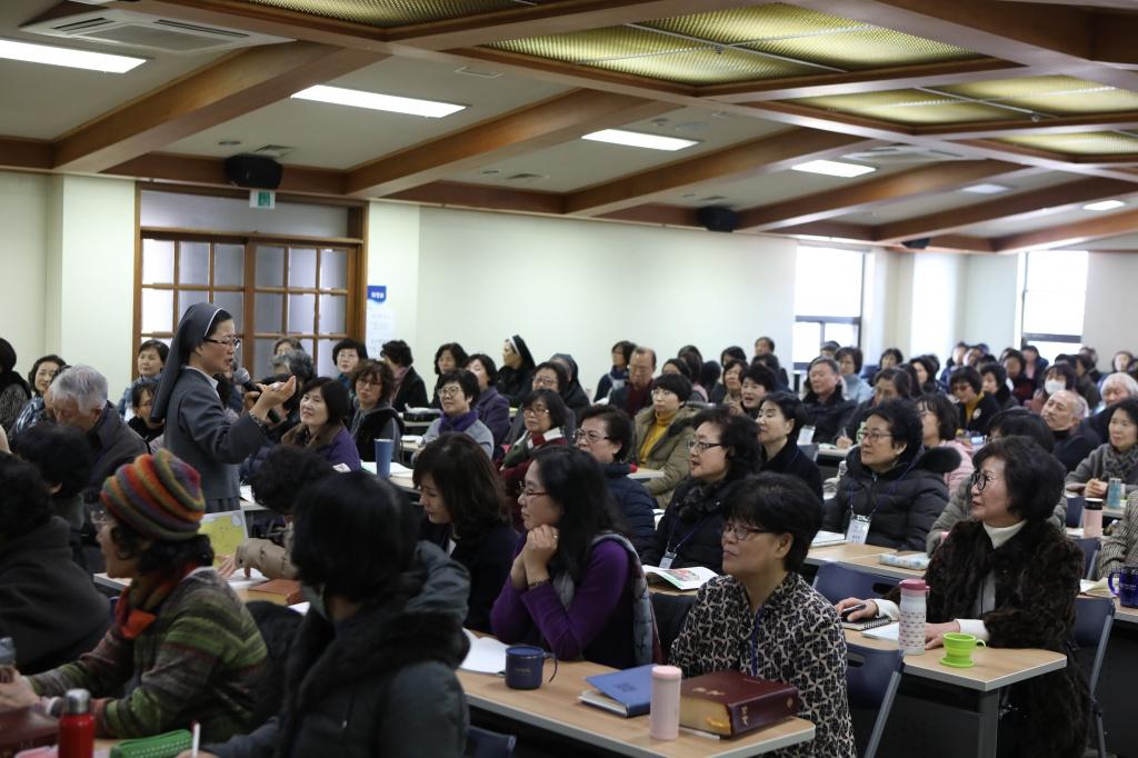 20200217새롭게개편되는은빛여정봉사자교육043.JPG