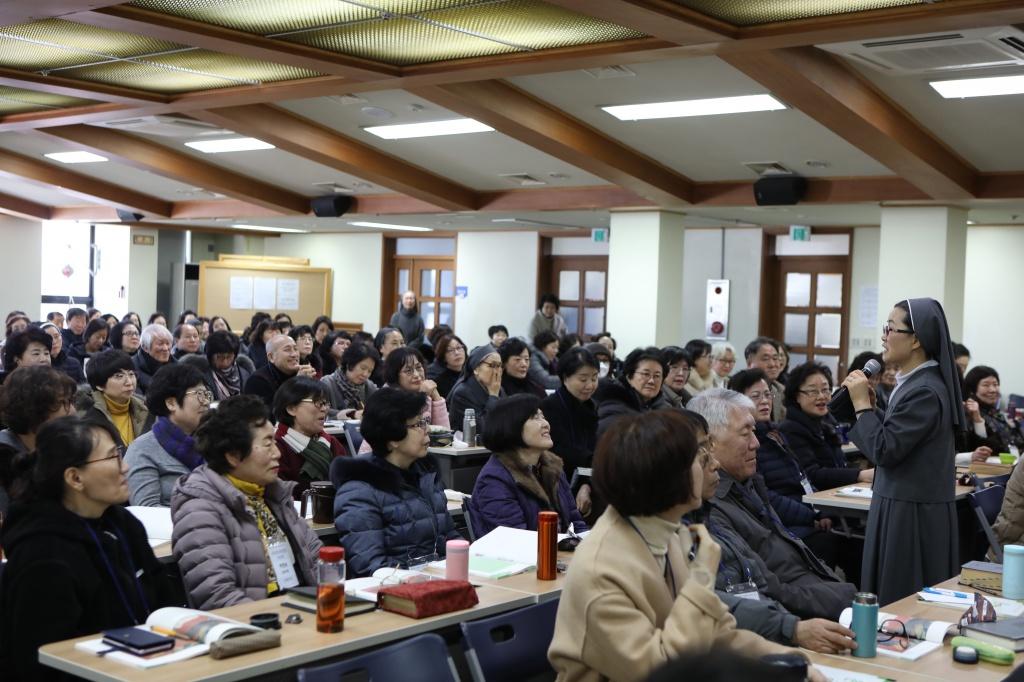 20200217새롭게개편되는은빛여정봉사자교육012.JPG