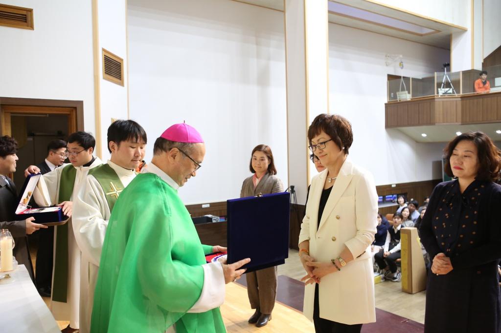 20191020교리교사근속교사시상식및문화행사002.jpg