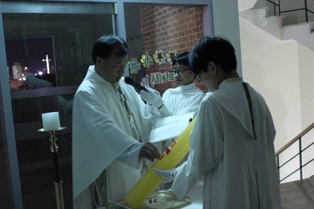3월 30일 부활 성야.jpg