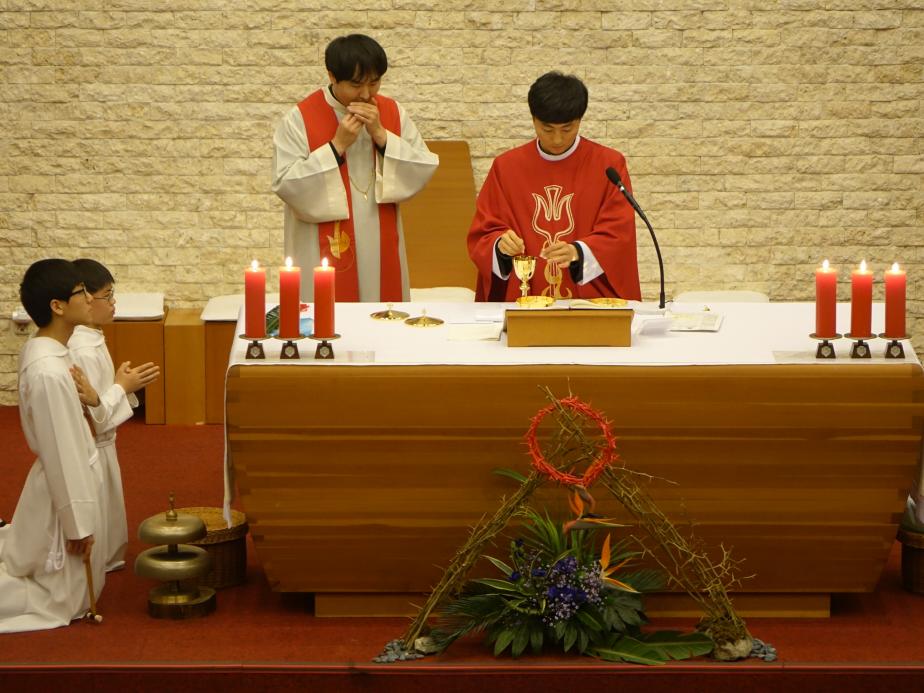 2016-03-19 10지구 중고등부 주일학교 개강미사 DSC08663.png