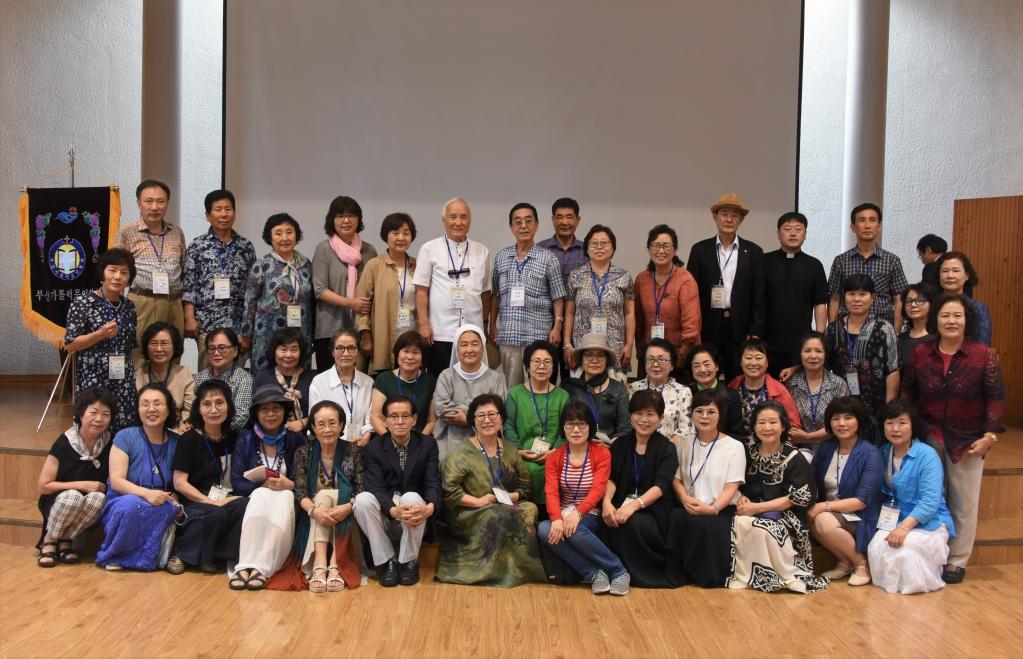 여름문학캠프 단체사진1.jpg